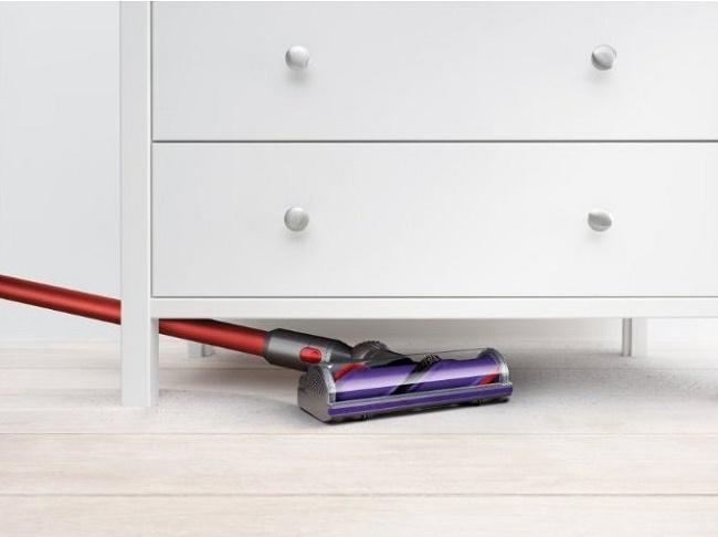 Уборка под мебелью